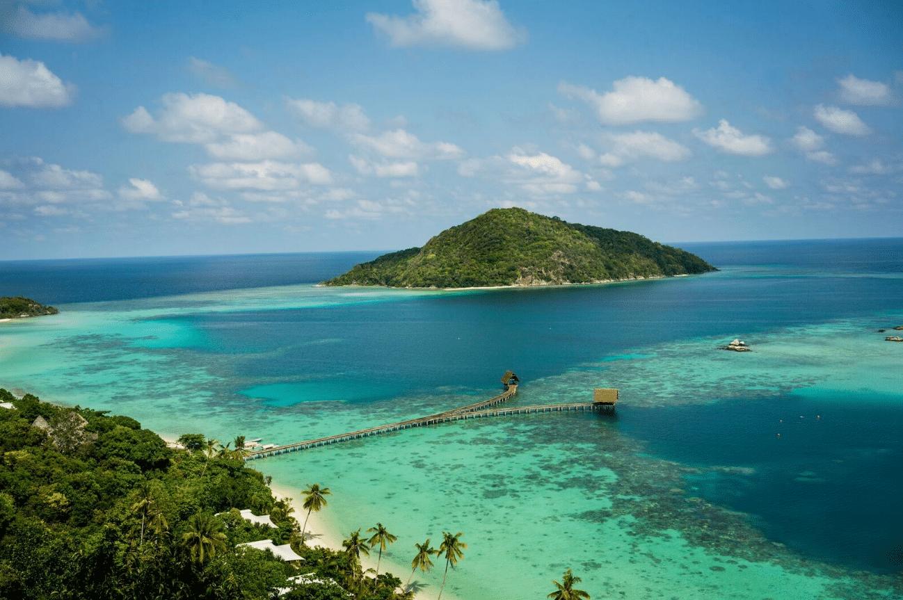 Luxe Bawah Island
