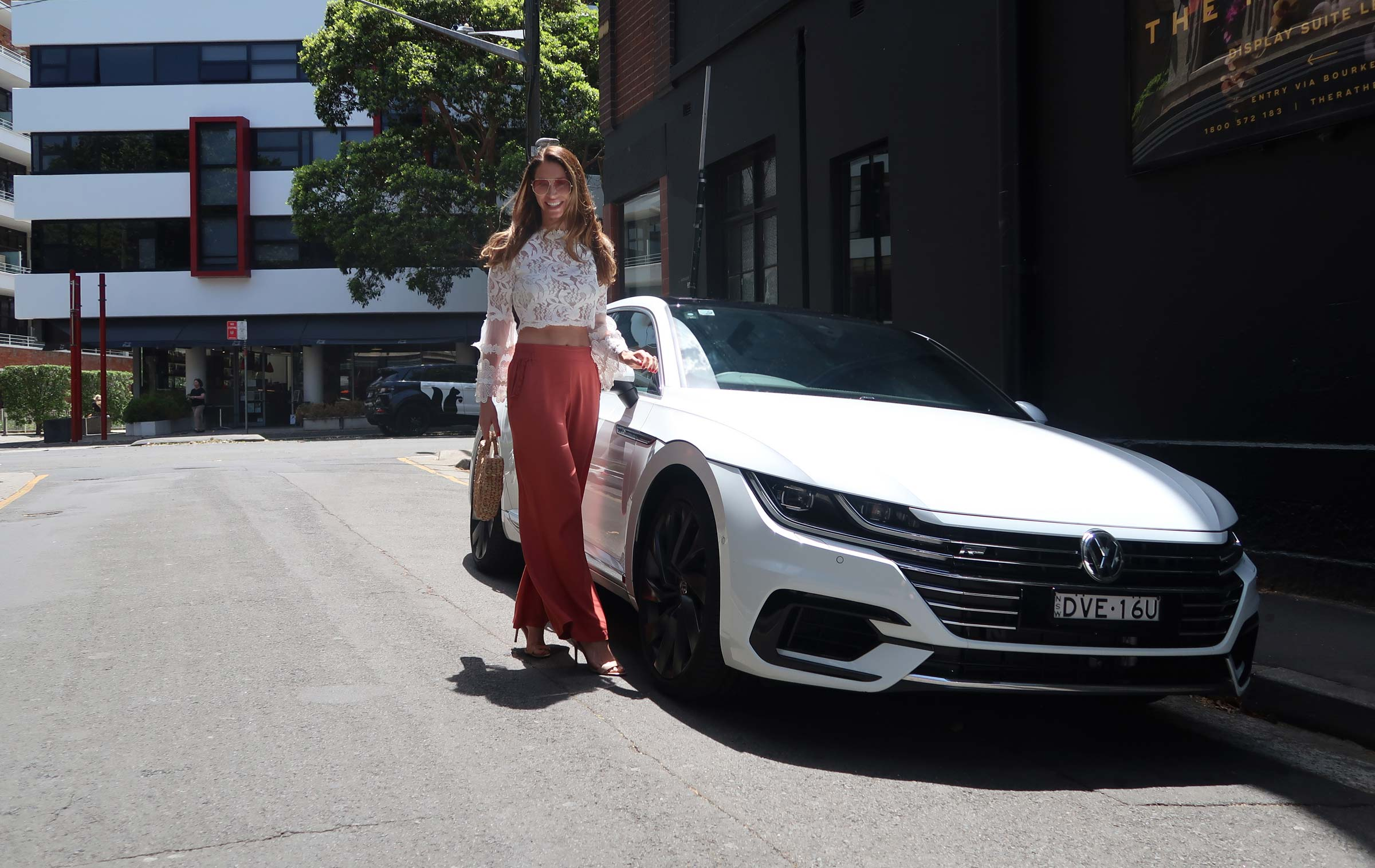 volkswagen-arteon-exterior-luxury-car-review