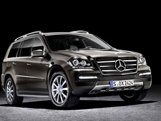 The Mercedes-Benz GL-Class 1