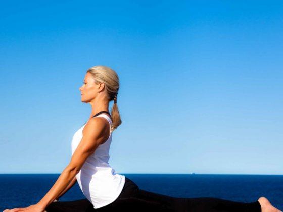 Yoga with Charlotte Dodson & Miranda Kerr 1