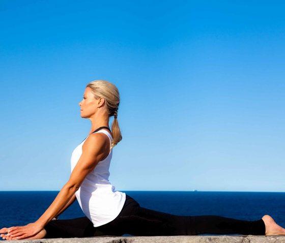 Yoga with Charlotte Dodson & Miranda Kerr 3