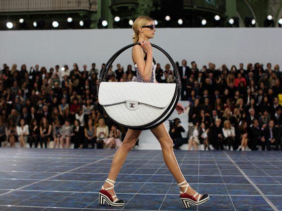 Chanel's Hula Hoop Bag 1