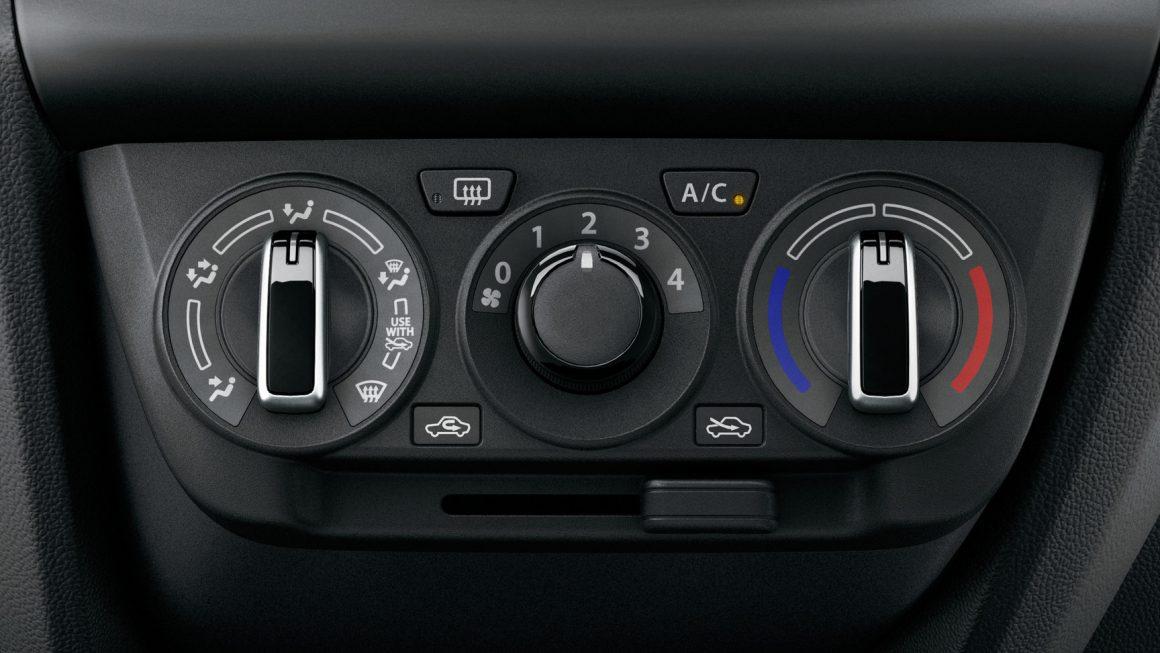 Suzuki Swift GL Navi 1