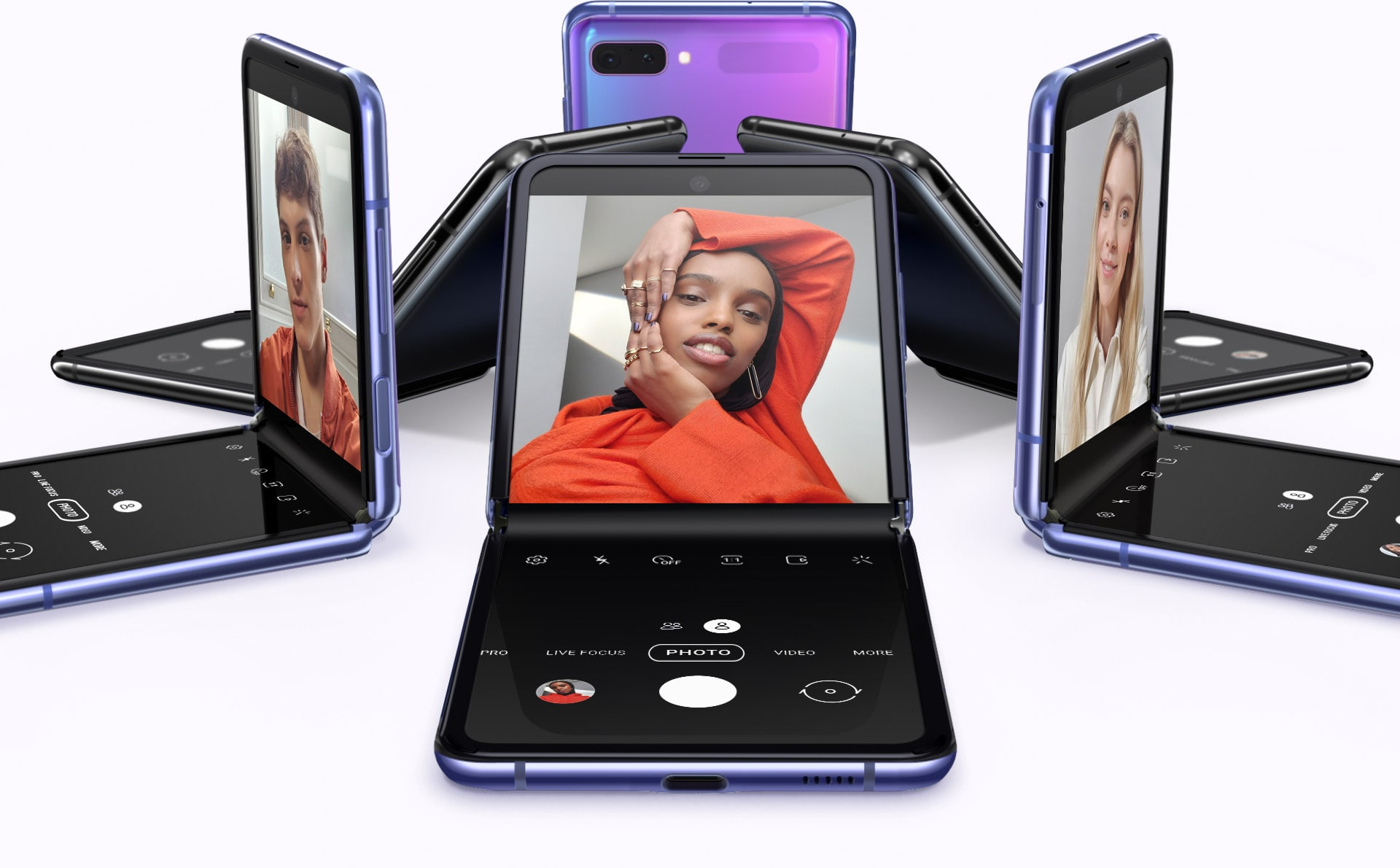 SAMSUNG GALAXY Z FLIP: Foldable and fascinating 1